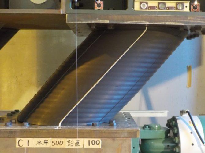 新型免震構造用積層ゴム支承