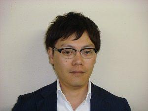小賀野哲朗氏