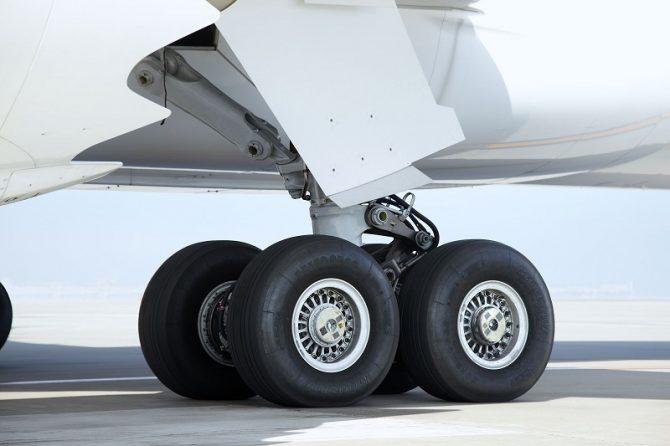 航空機用ラジアルタイヤ